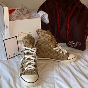 NWT and box COACH high or low top sneaker SALE 8.5
